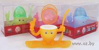 Подставка для яйца пластмассовая с крышкой и ложкой (15х11 см)