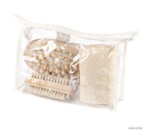 Набор для ванной (3 пр. в сумке: мочалка из люфы, массажер деревянный, щетка деревянная)