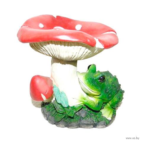 "Статуэтка пластмассовая ""Лягушка под грибом"" (14,5х12,5х15,5 см)"