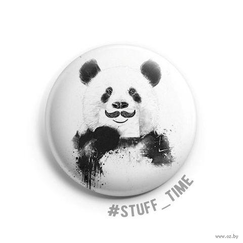 "Значок маленький ""Панда с усами"" (арт. 506) — фото, картинка"