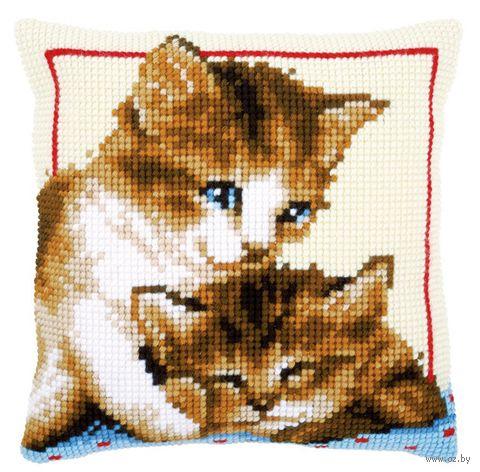 """Вышивка крестом """"Подушка. Котята"""" (400х400 мм) — фото, картинка"""