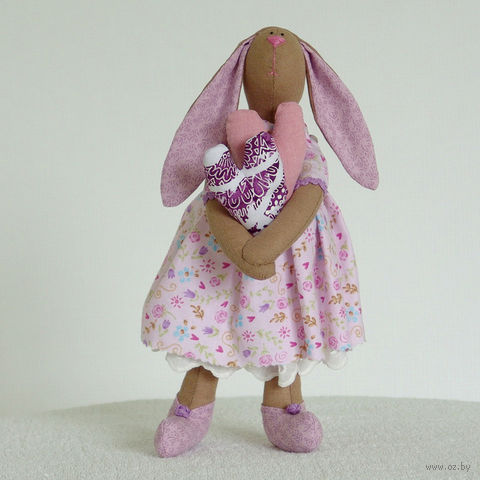 """Кукла ручной работы """"Девочка зайчиха"""" (в сиреневом платье)"""