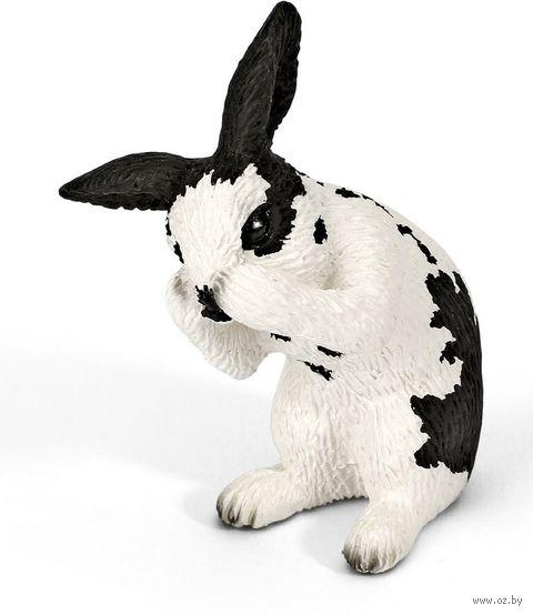 """Фигурка """"Кролик умывается"""" (5,5 см)"""