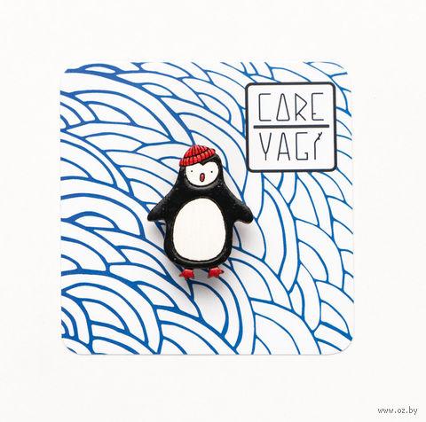 """Значок деревянный """"Пингвин в шапке"""" — фото, картинка"""