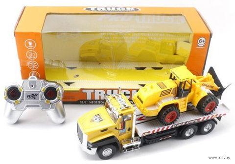 """Игрушка на радиоуправлении """"Трейлер с трактором"""" (со световыми эффектами; арт. 811-2) — фото, картинка"""