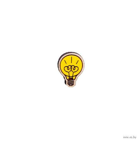 """Значок деревянный """"Лампочка любви"""" — фото, картинка"""