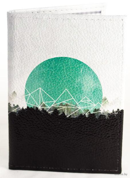 """Обложка на паспорт """"Над лесом"""""""