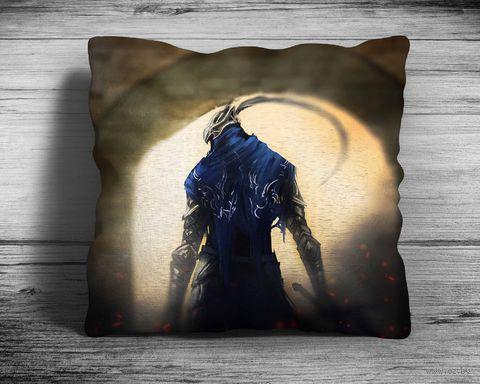 """Подушка """"Dark Souls"""" (арт. 2; 28х28 см) — фото, картинка"""